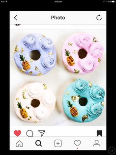 {{ pineapple and donuts / }} Donut Bar, Doughnut, Cupcakes, Cupcake Cookies, Delicious Donuts, Delicious Desserts, Donut Images, Cake Pops, Cream Candy