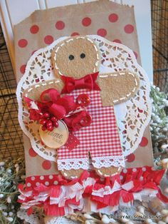 gingerbread boy candy gift bag