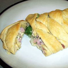 Ham Broccoli Braid Recipe - used wheat pizza dough and added a squirt of mayo and used parm and half the ham