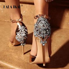Satin Ornate Metal and Crystal Embellished Stiletto Heel LALA IKAI Women Crystal Glitter Sandals Pump 2018 High Heels Sandals Lady Chic Cover Heel Party Sexy Shoes Fancy Shoes, Pretty Shoes, Beautiful Shoes, Cute Shoes, Me Too Shoes, Gorgeous Heels, Crazy Shoes, Stilettos, Stiletto Heels