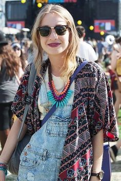 Love her denim dungarees teamed up with this kimono x