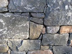 Dry Stack Natural Stone Retaining Wall