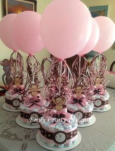 Girl monkey baby shower diapers centerpiece with balloon via etsy diaper cake centerpieces, baby shower Baby Shower Cakes, Fiesta Baby Shower, Baby Shower Diapers, Shower Favors, Shower Party, Baby Shower Parties, Baby Shower Themes, Shower Ideas, Baby Showers