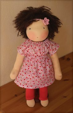 Sewing Pattern and Tutorial for Doll Outfit Milli. €7.50, via Etsy.