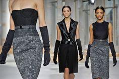 As luvas de Amal Alamuddin na semana de moda