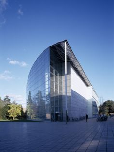 Law Faculty Library, Cambridge, Architect: Sir Norman Foster and Partners Photographic Print by Peter Durant at AllPosters.com
