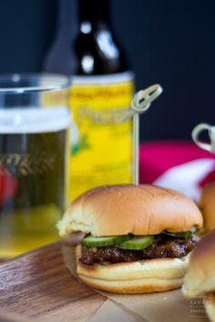 Black Pepper Beef Sliders | saucy-spatula.com