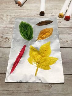 Discover a simple craft project for your elementary aged kids who are looking for fun activities this fall. A fun way to celebrate the fall season in the classroom or at home with your preschool and elementary aged kids! How to make leaf rubbings for kids with a few simple supplies and step by step instructions. Great fall theme art project.