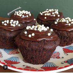 Receita especial para o final de semana: Muffin vegano de cacau!💖 😋Receita…