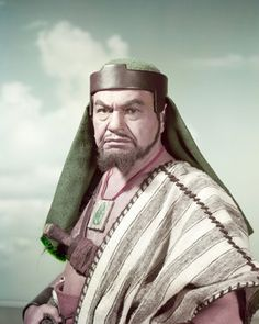 Picture of Edward G. Robinson as Dathan from The Ten Commandments High Quality Photo C92210