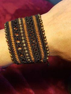 Summer Bracelets, Simple Bracelets, Bracelets For Men, Handmade Bracelets, Handmade Jewelry, Macrame Jewelry, Macrame Bracelets, Bracelets Bleus, Macrame Bracelet Tutorial