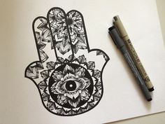 Love the detailing in this Hamsa Hand. Would make an amazing tattoo.