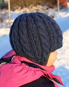 super cute for the older kiddos Knitting For Kids, Baby Knitting, Knit Baby Sweaters, Kids Hats, Crafts To Do, Handicraft, Mittens, Knitted Hats, Knit Crochet
