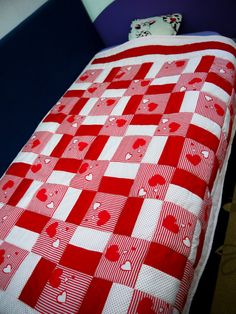 Free shipping Red and white baby girl quilt Gift for by DearQuilt, $145.00