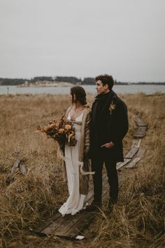 This Moody Maine Coast Wedding Inspiration is Deliciously Cozy in Warm Neutral Tones (Junebug Weddings) Wedding Themes, Wedding Events, Wedding Photos, Wedding Ideas, Wedding Rustic, Wedding Ceremony, Personalized Wedding Favors, Fall Wedding Dresses, Elopement Inspiration