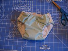 Waterproof training pants with free pattern -- I made these for potty training Owen, They worked great! Training Pants Pattern, Cloth Training Pants, Toddler Training Pants, Potty Training Pants, Running Training, Training Tips, Strength Training, Diy Diapers, Cloth Diapers