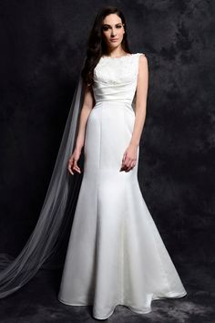 A-Line Bateau Neck Backless Ivory Lace Satin 2014 Wedding Dresses Chapel Train Bridal Gowns with Bow and Pleat Wedding Dresses 2014, Affordable Wedding Dresses, Cheap Wedding Dress, Wedding Dress Styles, Bridal Dresses, Wedding Gowns, Lace Bride, Beach Dresses, Beautiful Gowns