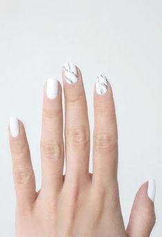 NAIL ART INSPIRATION: MARBLE MANICURE - Le Fashion