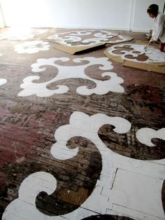 #DIY floor #stencling Love it!