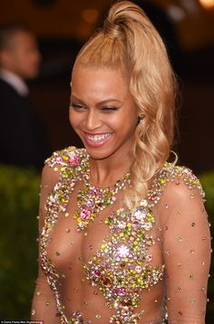 No one compares! Bey laughed and showed a beaming smile on her flawless complexion