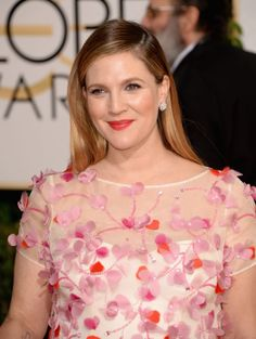 Drew Barrymore wearing Monique Lhuillier Spring 2014 with Chanel fine jewelry – Golden Globe Awards #2014
