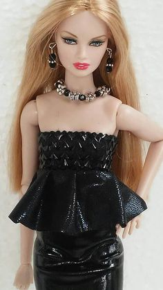 Check out this item in my Etsy shop https://www.etsy.com/listing/510531824/12-inch-doll-fashion-outfit-one-size