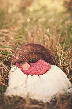 i am so in love with this :: Washington Newborn Lifestyle Photographer » VeLvet OwL Photography Blog