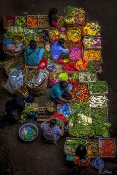 Ubud Market Bali Indonesia // Christel Cavaciuti