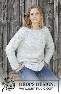 Fritid / DROPS - Free knitting patterns by DROPS Design Fritid / DROPS - Knitted pullover with round yoke in DROPS Air. The piece is worked from top to bottom with a hal. Aran Knitting Patterns, Knitting Designs, Knit Patterns, Free Knitting, Drops Design, Crochet Jumper, Knit Crochet, Pull Long, Cardigans For Women