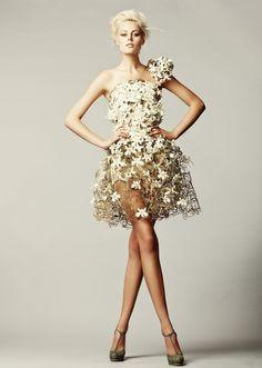 רעיונות לשמלת פרחים להשראה
