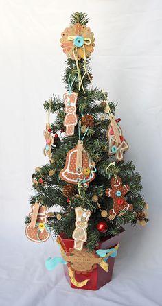 #Cricut Gingerbread ornaments