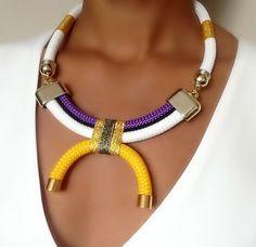 Collar de arabescos blanco cuello mujeres por VChristinaCollection
