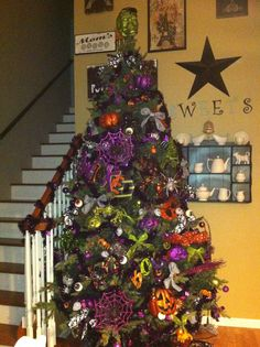 1000 Images About Halloween Trees On Pinterest