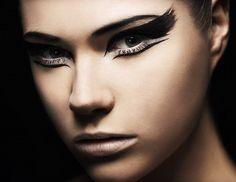 nice eyeliner.