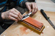Messer selber schärfen | Daniel Laqua Cutting Board, Worth It, Cutting Boards