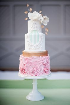 Pink, mint, and gold wedding cake | Jessica Maida Photography