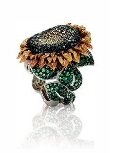 Alex Soldier sunflower ring (in yellow, rose, and white gold) with delicately drooping yellow-diamond petals and green-tsavorite leaves Sunflower Ring, Sunflower Jewels, Jewellery Uk, Fine Jewelry, Unique Jewelry, Yoga Jewelry, Jewelry Making, Golden Jewelry, Silver Jewelry