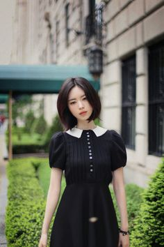 Image about girl in milkcocoa 💋 by ʝυѕтℓσvεąɧ❀ℓïƈ Beautiful Asian Girls, Beautiful Models, Korean Girl Fashion, Asian Fashion, Korean Short Hair, Yoon Sun Young, Gamine Style, Girl Model, Ulzzang Girl