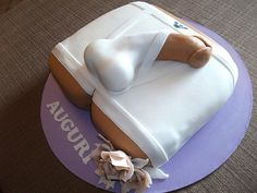 That is the ugliest penis ever! I would not want to eat that cake lol Cake Designs Images, Cake Images, Cake Pictures, Cake Photos, Bachelorette Party Desserts, Barbie Bachelorette, Adult Cake Smash, Sexy Cakes, Bithday Cake