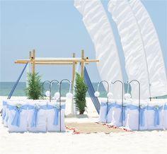 Beach Wedding con banderolas al virnto