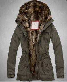 NWT Abercrombie & Fitch A&F Women's Hallie Parka Jacket Fur Lined Ourterwear