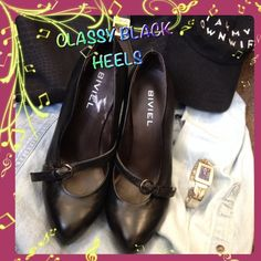 """💃CLASSIC DESIGNER BLACK HEELS💃💞HP💞 💥💥 WORN ONCE AND THEYRE A BIT TOO HIGH BUT SUPER COMFORTABLE. LEATHER UPPER. 4"""" HEELS. I ALSO HAVE THE SAME PAIR IN BLACK SUEDE! BECAUSE I HAD TO HAVE MORE SHOES! 💥REDUCED 12.19.14💥 HP by @liz190581 Thank you😘😘😘😘 HP WORK WEEK CHIC 💞 BIVIEL Shoes Heels"""