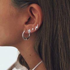 "Prom Cartilage Ear Cuff ""Spring Rose"" Wedding Bridal No Piercing Helix Conch Color Choices - Custom Jewelry Ideas Fake Piercing, Bijoux Piercing Septum, Pretty Ear Piercings, Ear Peircings, Cartilage Earrings, Cartilage Piercings, Tongue Piercings, Rook Piercing, Ear Plugs"