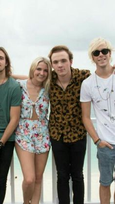 Read R5 pictures - •154• - Wattpad