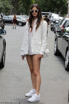 Summer chic: Sara Sampaio showed off her street style when she left the Redemption Haute C. Sara Sampaio beat the Paris heat in a stylish cream outfit as she was spotted outside the Redemption Haute Couture Fall/Winter show on Sunday. Fashion Week Paris, Paris Street Fashion, Chanel Street Style, Street Style Women, Paris Street Style Summer, Women's Fashion, Fashion Sets, Fashion Trends, Modell Street-style