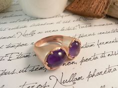 Pink gold plated sterling silver ring and natural amethyst  by mwaloni -:-:-:- Anillo de plata 925 con baño de oro rosa y amatistas by mwaloni