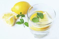 Drinking warm lemon water is one of the biggest health food trends. The heaviest hitter of the warm lemon water concoction is the high vitamin C content in the lemon. Warm lemon water helps with weight loss, but in some surprising ways Lemon Water Benefits, Lemon Health Benefits, Warm Lemon Water, Drinking Lemon Water, Bebidas Detox, Drink More Water, Healthy Detox, Easy Detox, Healthy Hair