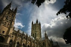 This soaring Gothic confection in Kent -- a UNESCO World Heritage Site -- is the Mother Church of the Anglican faith. Check out where Thomas. Canterbury Cathedral, Canterbury England, Oh The Places You'll Go, Great Places, Beautiful Places, Cathedral Basilica, Old Pub, Day Trips, Barcelona Cathedral
