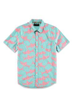 Looooove the Reverse Shark Print Shirt Hai Shirt, Camisa Floral, Forever 21 Shirts, Mens Hawaiian Shirts, Mens Trends, Look Vintage, Top Pattern, Blue Tops, Printed Shirts