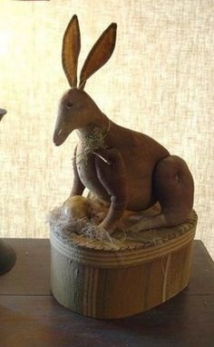 love this primitive rabbit